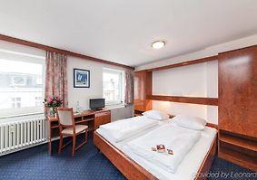 hotel ypsilon essen
